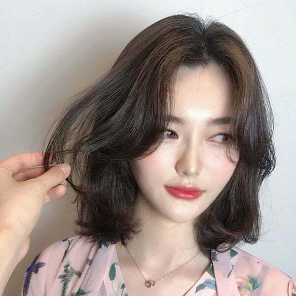 beautiful women with short hair