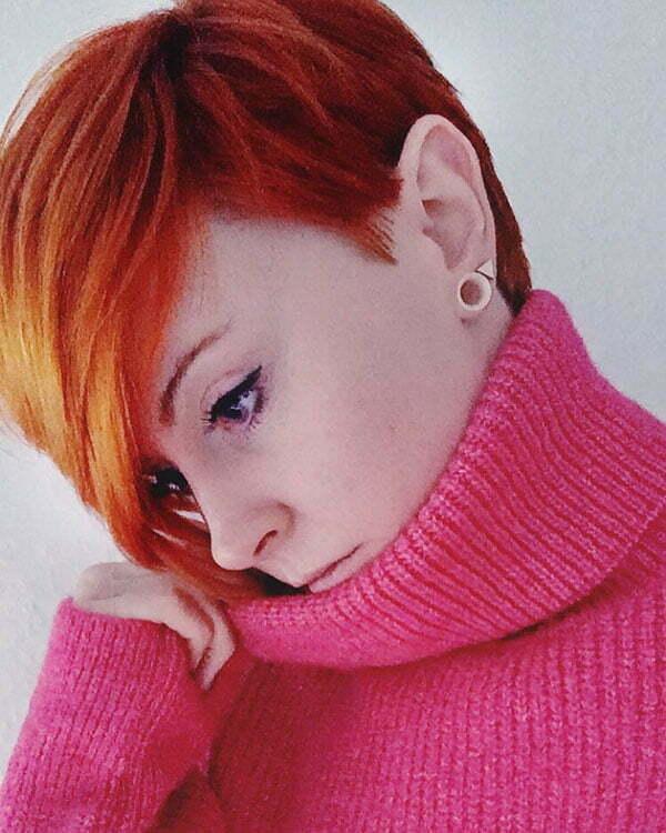 female pixie cut