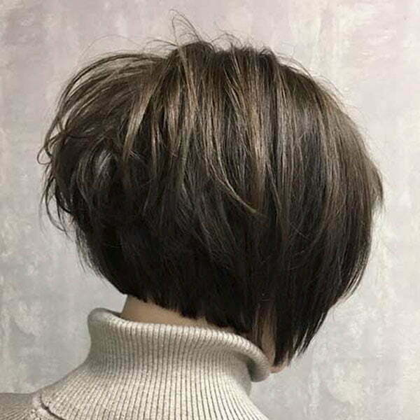 short bob cut hairstyle 2021