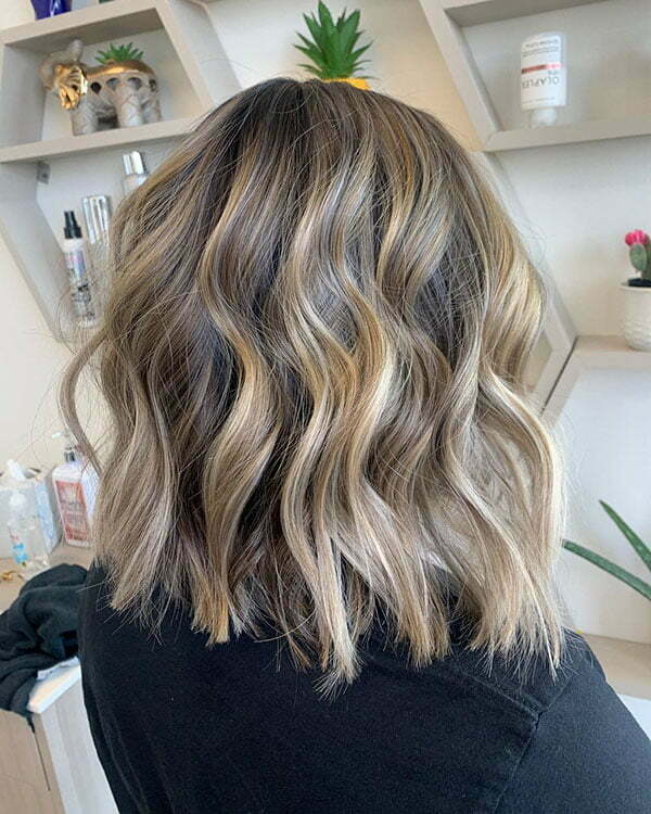 short hair cut style for ladies 2021