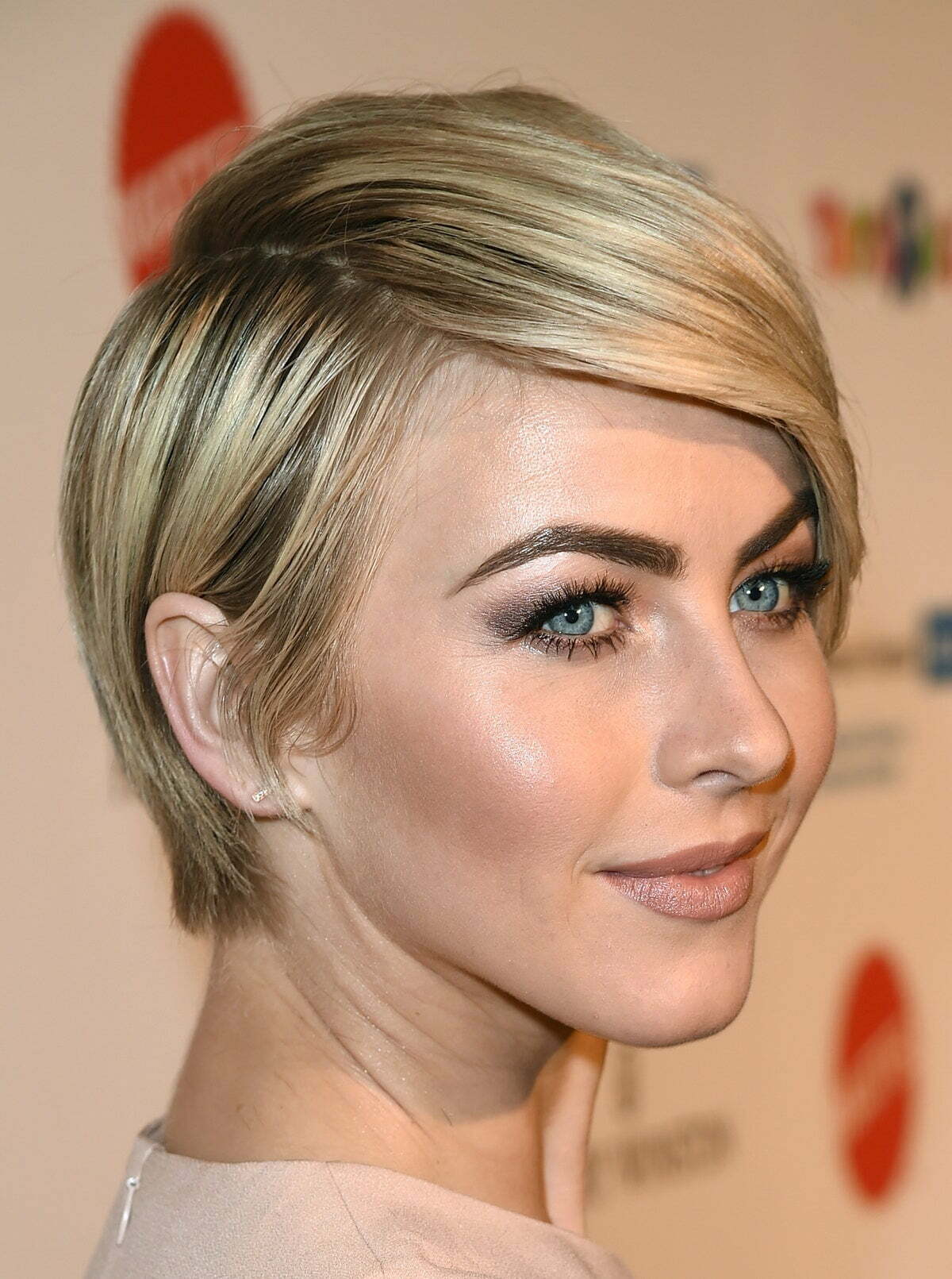 İmage May Contain Julianne Hough Face Human And Person