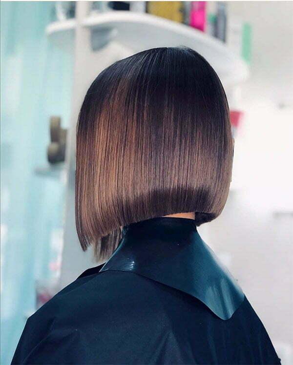 best short straight hairstyles
