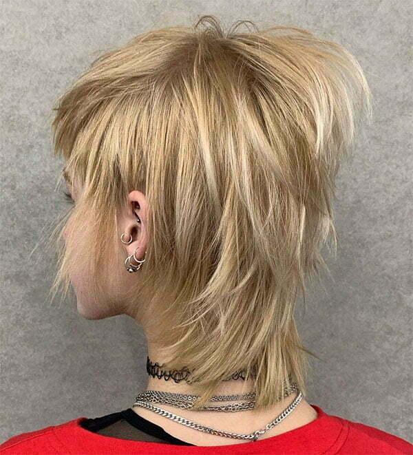 blonde short hair women