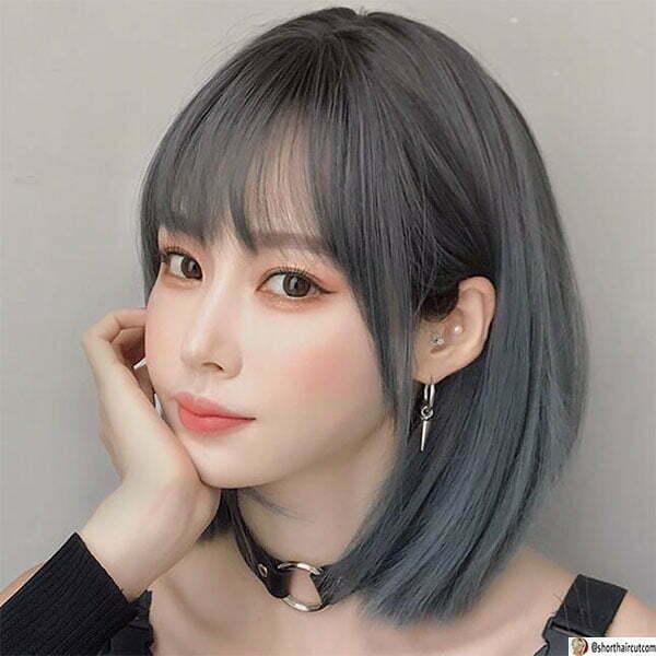 blue woman short hair