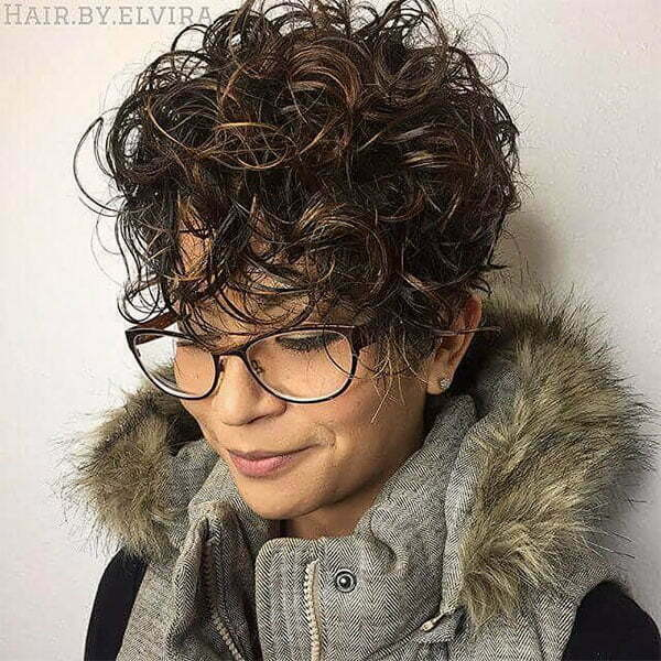 haircuts for super curly hair
