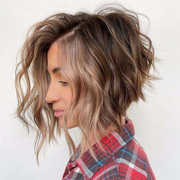 nice haircut 2021 for wavy hair
