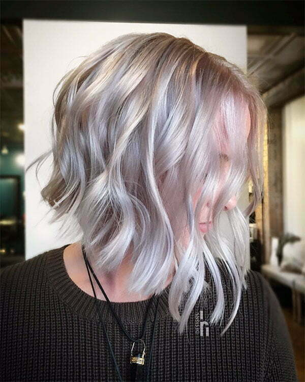 short and wavy hairstyles 2021