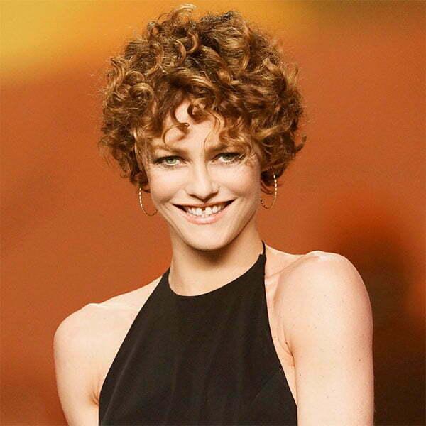short curly haircuts female
