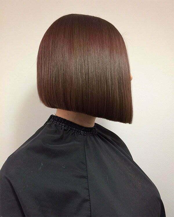 short haircuts for women 2021