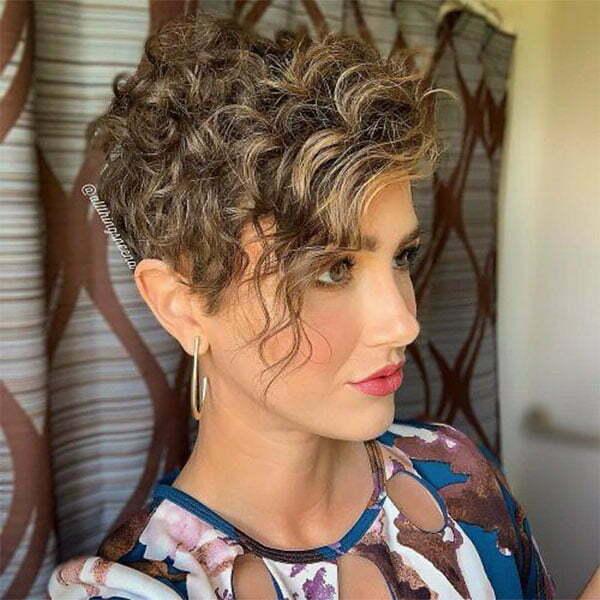 short womens haircuts curly hair