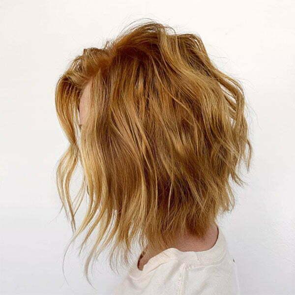 wavy haircuts for short hair