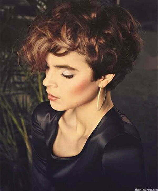 women's hairstyles curly hair